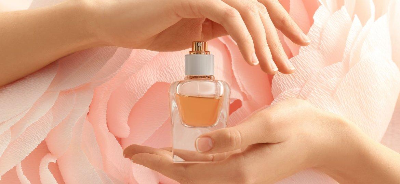 perfume_VD-AFPHw